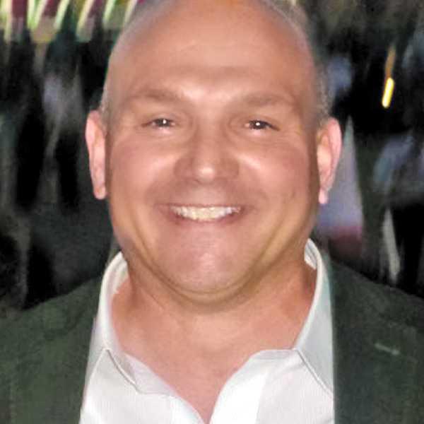 headshot of ray mcgillis